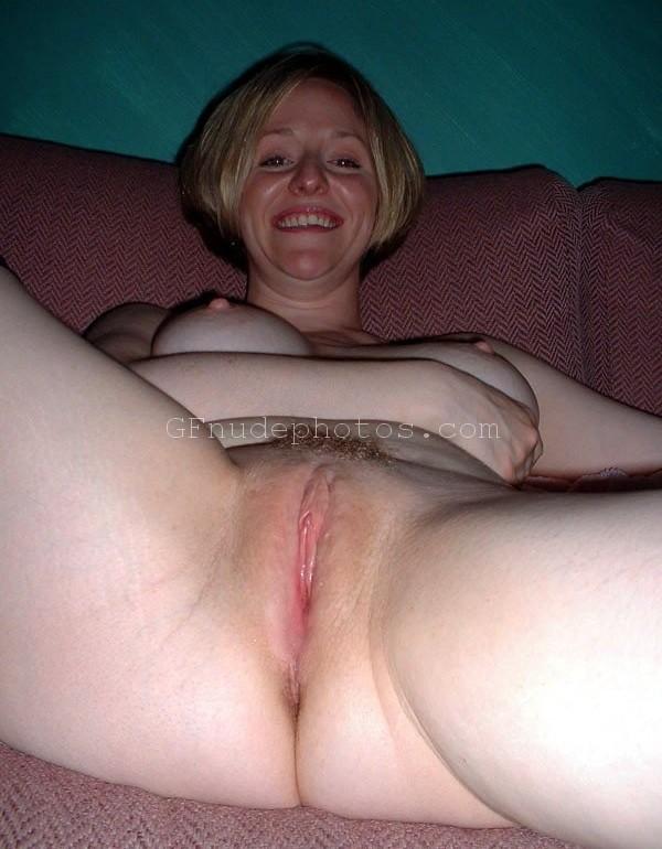 naked fake tanned blonde